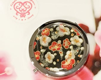 Red white blossoms Folding Compact Mirror