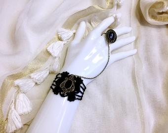 Bracelet and ring retro vintage Black Lace