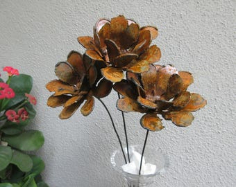 Bouquet of Three Rusted Zinnia Flowers -- Metal Art, Metal Sculpture, Metal Flowers