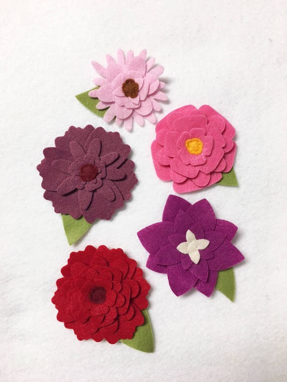Felt Flower decoration, Loose Flowers for Crafting and Decor, Shades of Pink Spring and Summer Blooms, Wedding and Party Decoration
