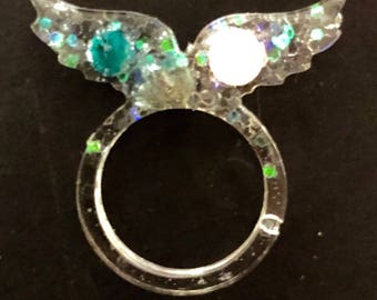 Resin sparkle wings ring