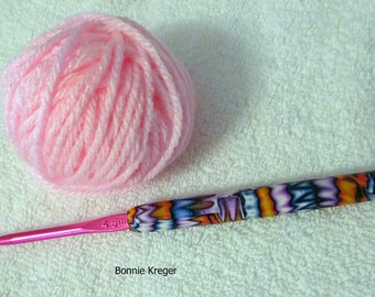 Crochet Hook with Ergonomic Handle