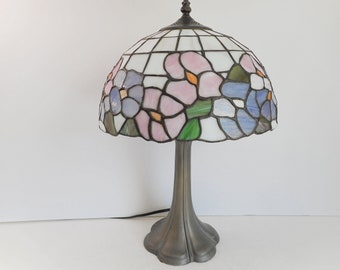 Stained Glass Lamp with Blue and Pink Flowers