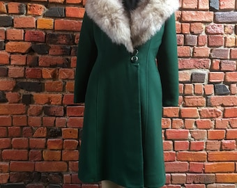 70s Green Coat with Fur Trim Collar, Low Neckline, and Button Closure Vintage Retro Jacket Formal Wear 1951