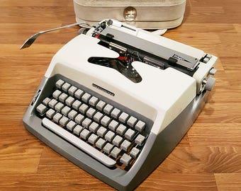 Rare 1964 Speedwriter Collegian Typewriter, With Original Carrying Case, Fully Functional