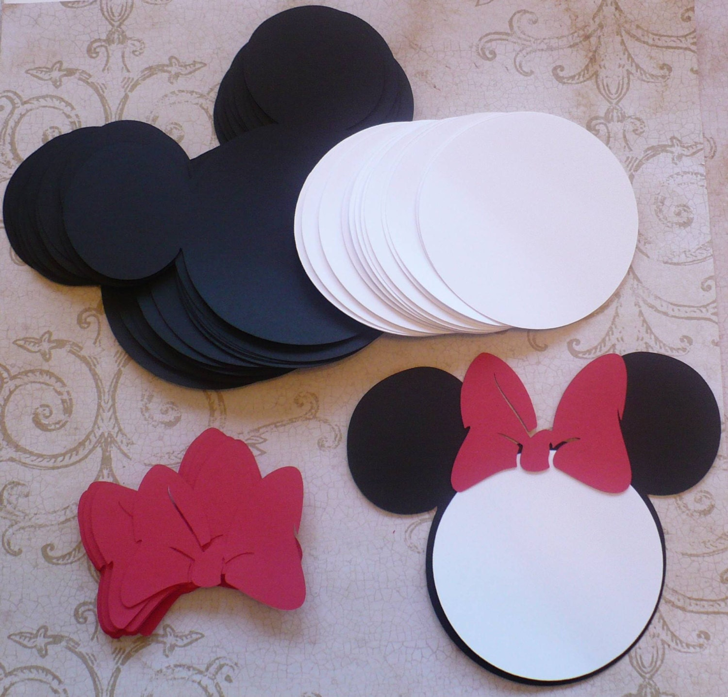 25 Black Minnie Mouse Head Shapes White Circle Shapes Red