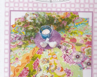 """Lazy Daisy - Pattern - 42"""" Round Table Topper - Dresser Scarf - Dresden"""