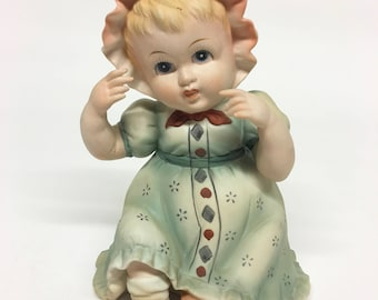 Lefton Piano Baby Girl//Hand Painted Figurine//Collectible//Lefton KW1927//Vintage Lefton Figurine