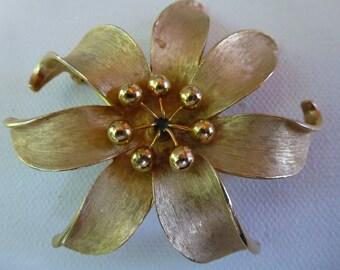 Kramer métal Vintage Fleur broche ou pendentif or