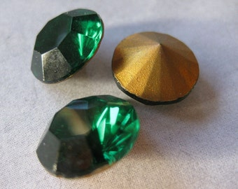 2 PC Vintage Emerald Faceted Glass - Foil Backed Stone - 60 SS / 14mm