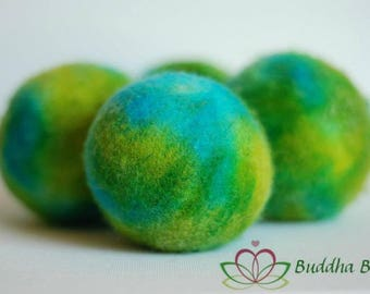 100% wool dryer balls, tie dye, handmade by Buddha Bunz