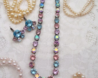 """Swarovski Crystals/Cup chain necklace/""""Serendipity""""/Blue and violet 8mm necklace/Aqua necklace"""