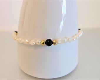 Vintage Pearl Bracelet | Fresh Water Pearls | Delicate Pearl Bracelet | Rice Pearls Black Onyx | Vintage 1970s Bracelet | Gift Jewelry
