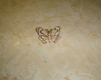 vintage pin brooch goldtone butterfly rhinestones faux pearls