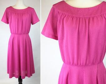 Magenta Pink Dress, Leaf Print, Subtle Pattern Leaves Berries, Wide Neckline, Short Sleeve, Gathered Waist, Flared Skirt, Vintage 60s 70s