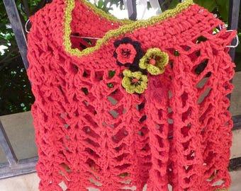 Shoulders warmer in red velvet ultra lightweight wool