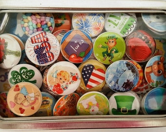 Magnet Sets ,Can of 63 Calendar Magnets, Holiday Magnets, Refrigerator Magnets