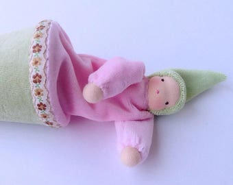 Pink popup puppet // cone puppet // Waldorf toy