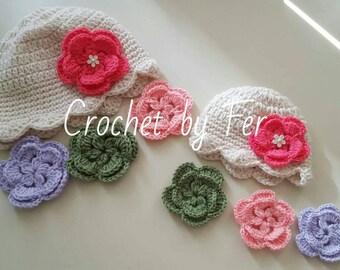 Handmade crochet hat. Four changeable flower.