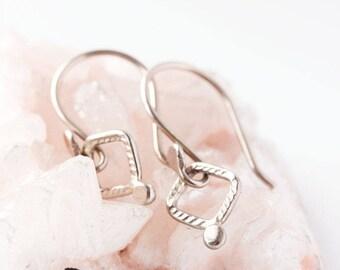 Solide 14k or rose drop boucles d'oreilles, boucles d'oreilles or jaune, or blanc, délicat, petit chaque jour simples boucles d'oreilles - Boucles d'oreilles Tilya