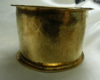 """Hammered Brass Cuff Bracelet - 52.4 grms- 44mm wide-7"""" end to end. Nice piece!! 2620"""