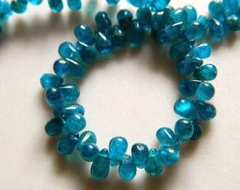 Blue Apatite Beads, Plain Tear Drop Beads, Apatite briolettes, 4.5mm To 7mm Each, 9 Inch Strand