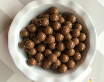 20mm Brown Solid Chunky Bubblegum Beads Set of 10