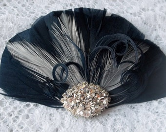 Wedding Hair Clip Navy Blue White Feather Fascinator Vintage Style Rhinestone Brooch  Feather Fascinator Hair Clip Bridal Wedding Fascinator