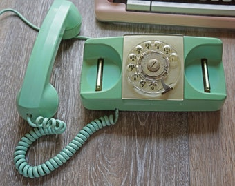 Vintage 1960 Mint Green Starlite Automatic Electric Telephone Model 182