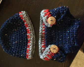 Baby hat and diaper cover set