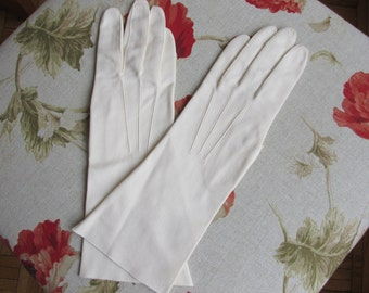 Gloves - Lady's Gloves - Cotton Gloves - Cream Gloves - Aris - Italian - Vintage