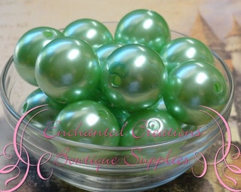 20mm Mint Green Acrylic Pearl Beads Qty 10