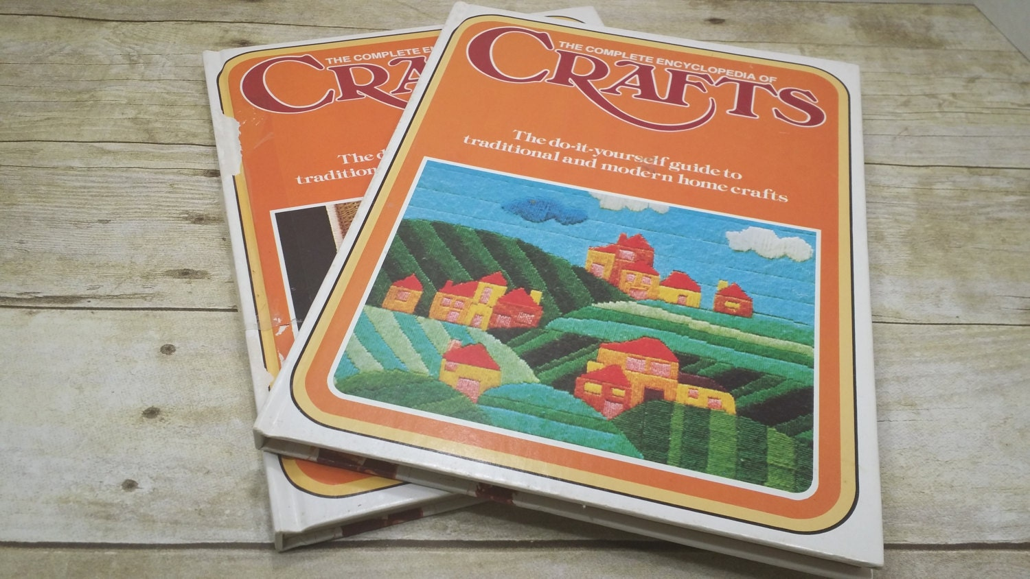 The complete encyclopedia of crafts volume 2 and 21 1975 vintage sold by randomgoodsbookroom solutioingenieria Image collections