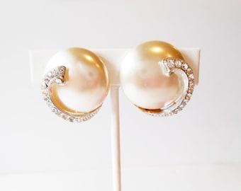 Pearl Earrings, Pearl and Rhinestone, Clip On Earrings, TARA Earrings, Wedding Jewelry, Costume Jewelry, Glamorous Earrings