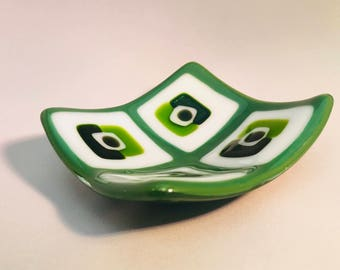 Green White Fused Glass Dish Plate.