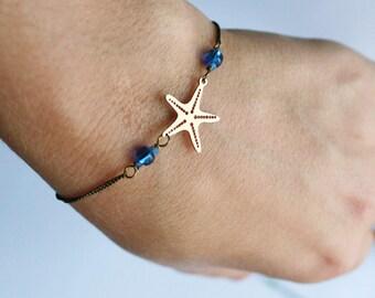 minimalist bracelet gold starfish. Pearl blue or green