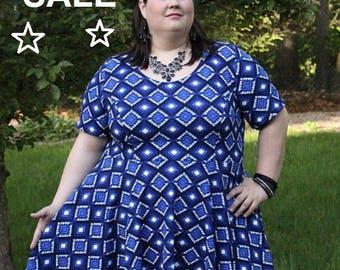 Plus Size Tribal Print Dress, Blue Tribal Print Plus Size Dress, Casual Plus Size Dress, Summer Plus Size Dress, Women's Dress