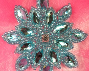 "JB219 Turquoise Snowflake Glass Beaded Applique 3"" (JB219-tr)"