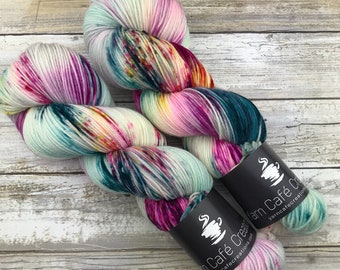 Mermaid Party | 100 g. | Hand-Dyed Yarn | Variety of Bases