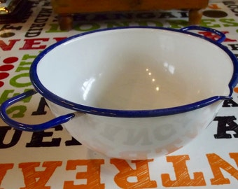 Old & Rare enamel Bowl with both hands or 2 spout handles white and Blue Nile Vintage 1910 France. Rare Enamel Bowl 2 handles, spout