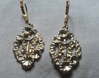 Trident gold plated Medallion earrings