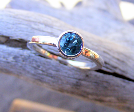 Blue Topaz Gemstone Ring - December Birthstone Stacking Ring - Classic Engagement Wedding Ring Band, Mothers Ring, Blue Stone Jewelry