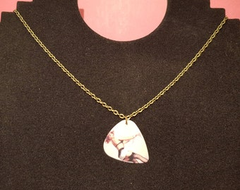 """Picks """"pin up"""" necklace"""