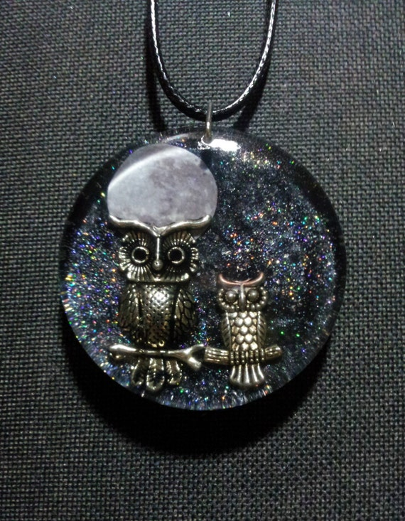 Owls and Moon Pendant in Black Pearl Resin with Holographic Glitter + Free Shipping Worldwide, Owl Totem Jewelry,Owls Necklace,Owls and Moon