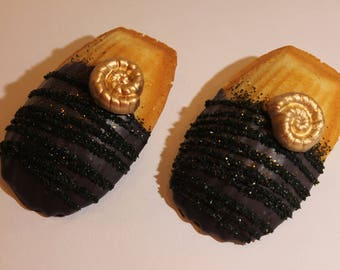 Chocolate Dipped la Madeleine's, Chocolate Covered Madeleine French Cookies