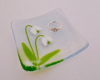 Snowdrop dish - mothers day gift - snowdrop decor - fused glass ring dish - Snowdrop Jewellery dish - Snowdrop Jewelry dish