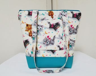 Kitty Tote Bag , Retro Kitty Purse, Vinyl Bottom, Retro Kitty Tote Bag, Kitty Travel Bag, Kitty Tote Bag with Pockets, Washable, Durable.
