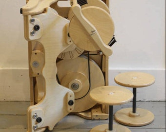 Worker Bee Spinolution Spinning Wheel