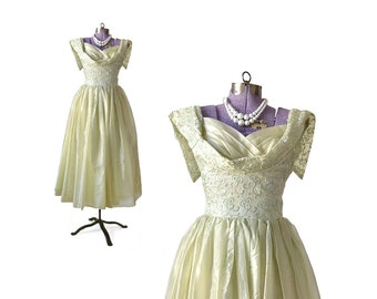 1950s Formal Dress / 50s Party Dress / Green Dress / Formal Gown Vintage Dress / Womens Clothing Formal Dress