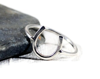 Sterling Silver Horseshoe Ring. Good Luck Ring. Graduation Gift. Meaningful Ring. Womens Ring. Minimalist Jewelry. Birthday Gift For Her
